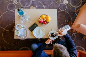 Kanne Kaffee/Tee sowie Obstteller inklusive