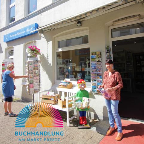 """""""Online kaufen - geht auch regional"""" bei der Buchhandlung am Markt in Preetz"""